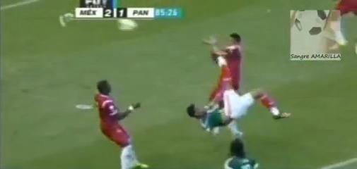 Gol Raul Jimenez… #Nomames