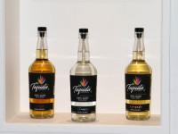 Botella conmemorativa: CNIT