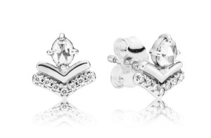 Classic Wishes stud earrings.