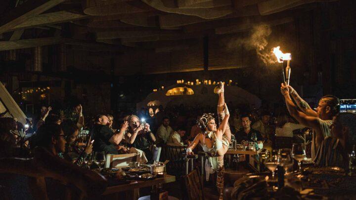 Ilios deslumbra a sus invitados con un magnífico Show de Fuego Aéreo y Belly Dance